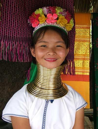 long neck karen tour